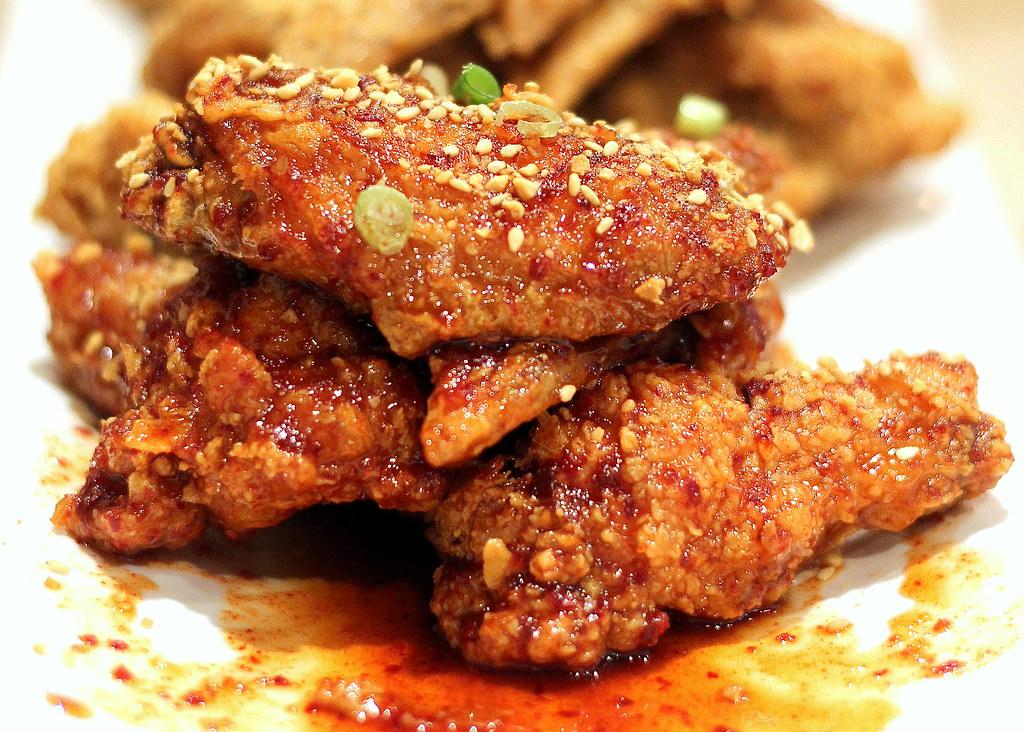 Guksu Restaurant: Spicy Fried Chicken Wings