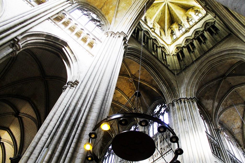 Drawing Dreaming - 10 coisas a fazer num dia em Rouen - Catedral
