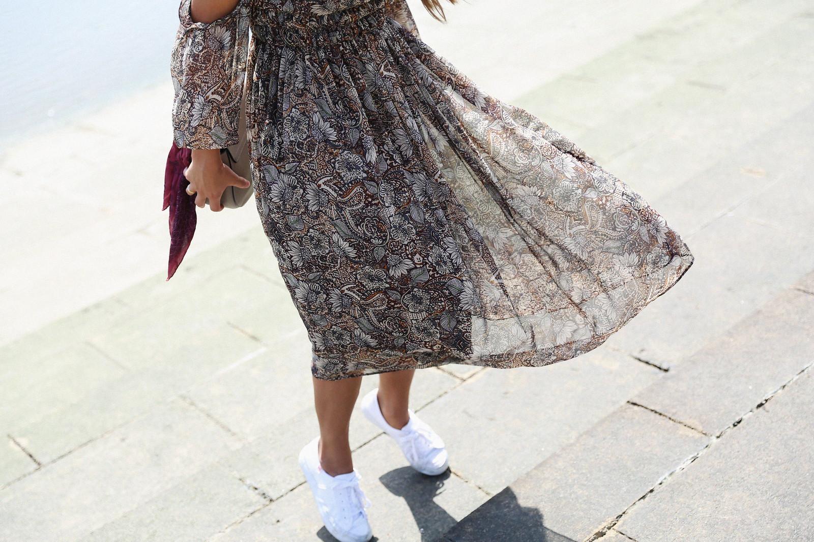 Jessie Chanes Seams for a desire Lisboa Parfois Boho folk Floral Midi Vest-13