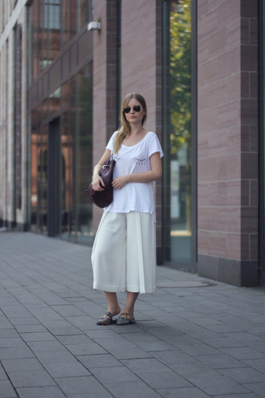 outfit culottes twink shirt slippers bag rayban