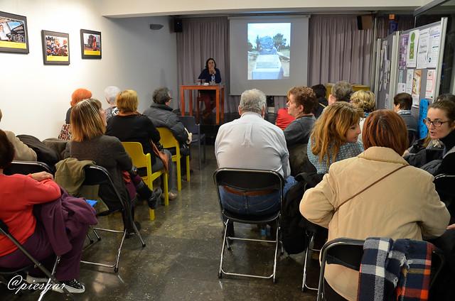Xerrada sobre Neus Català pel dia de la Dona Treballadora (Nou Barris, 2016)