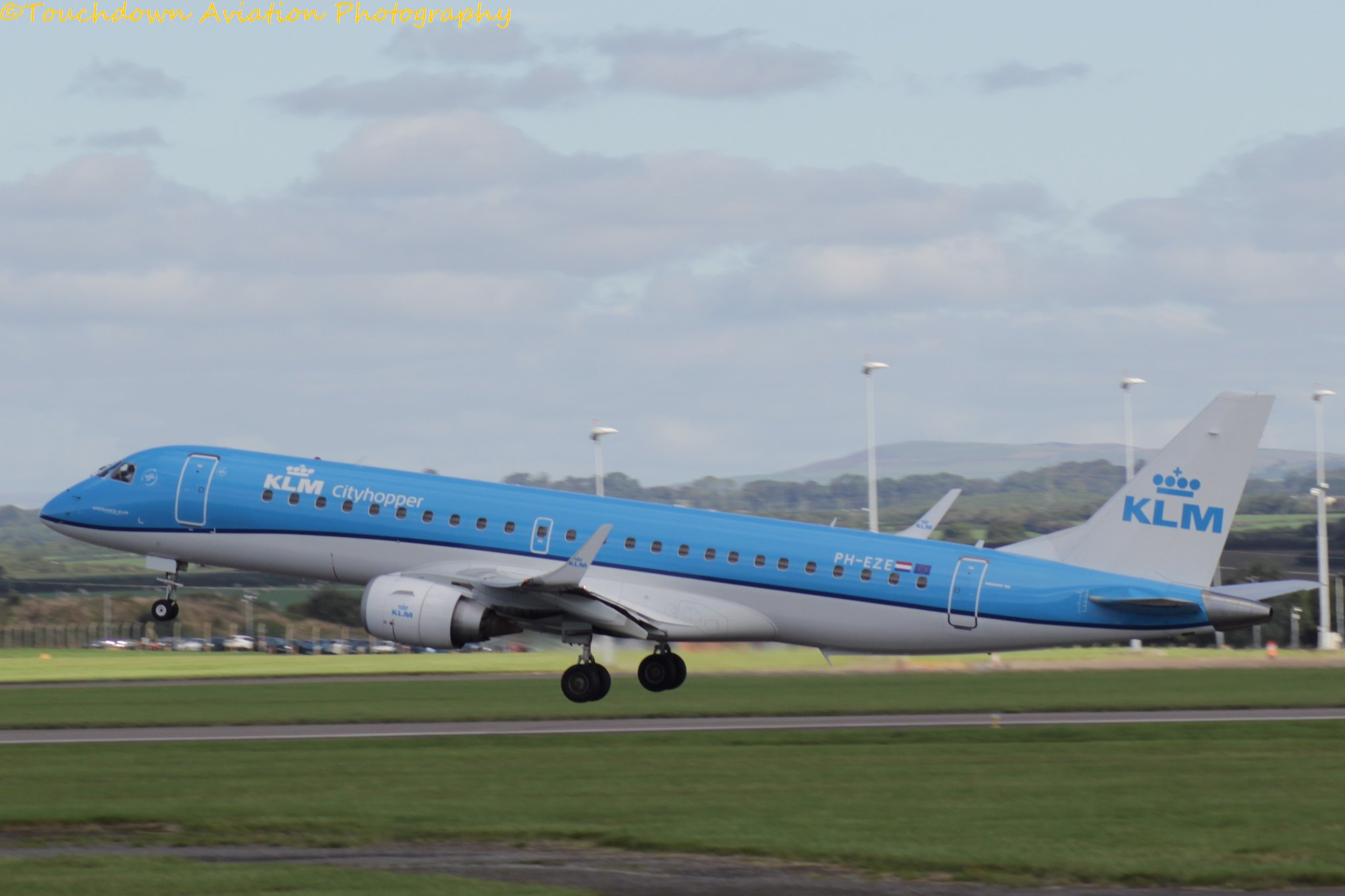 KLM Embraer E190 PH-EZE 22SEP16