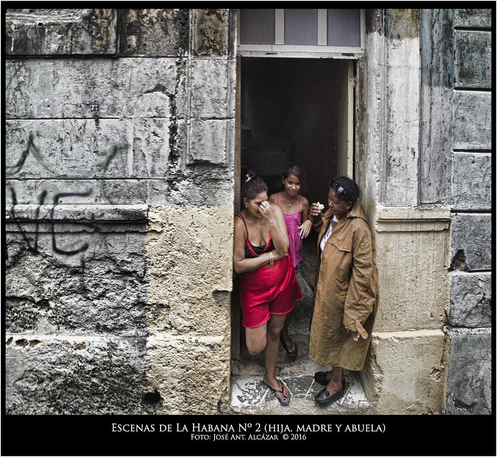 Escenas de la Habana, n.2 hija, madere y abuela