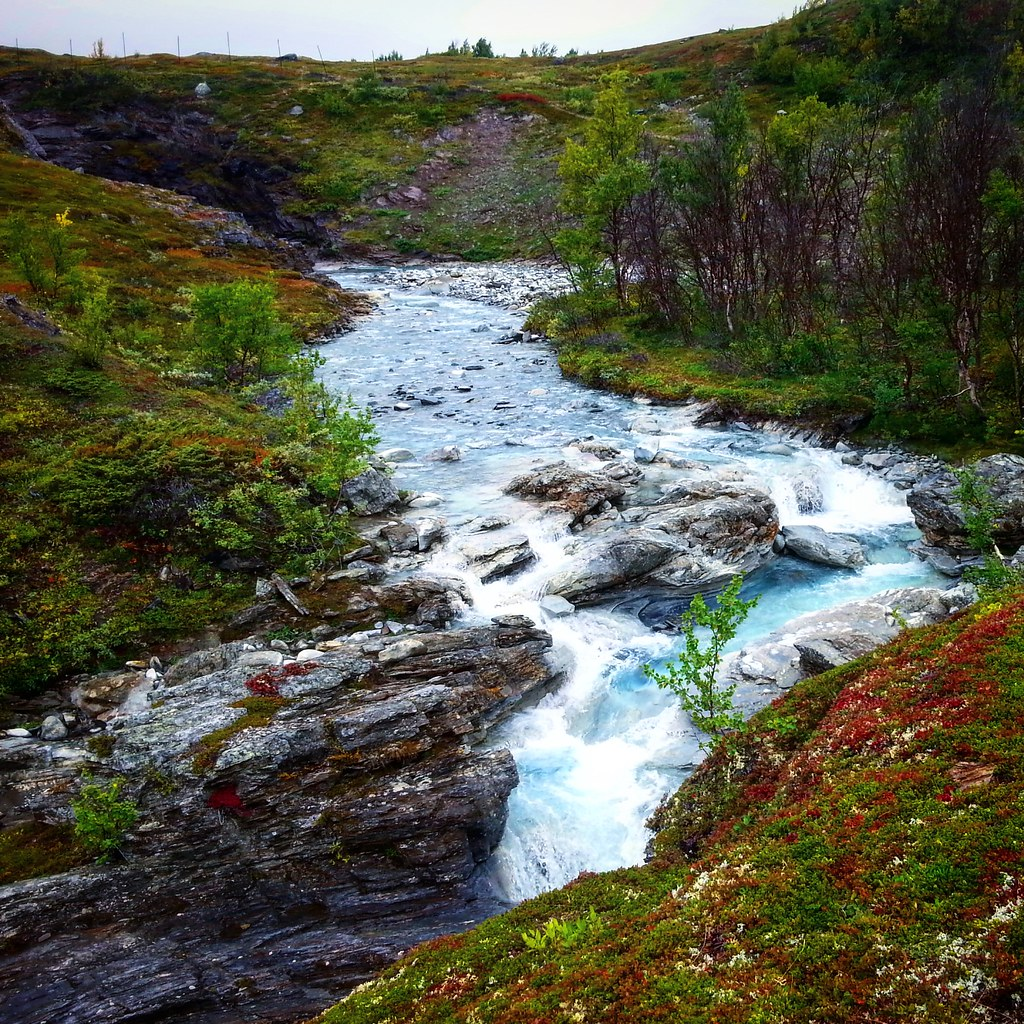 One hike, four seasons – unforgettable walk in Swedish Lapland | Live now – dream later travel blog
