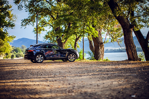 Danube Bend with Infiniti FX (technic meets nature) | by bumbii