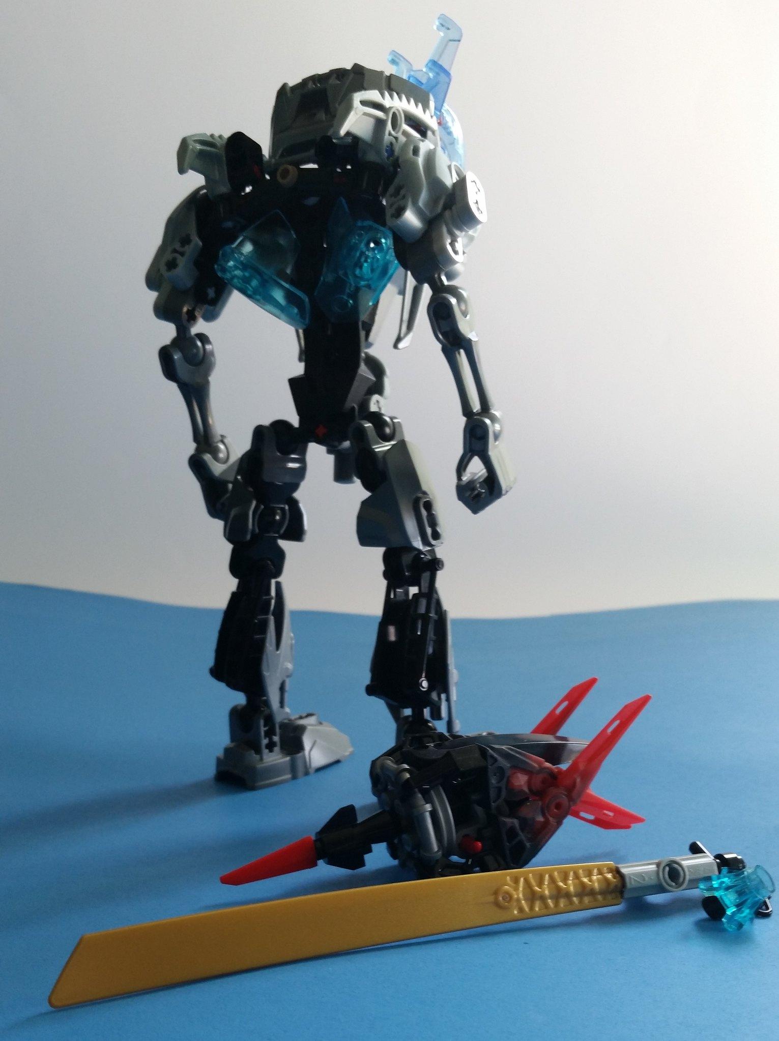 Halfire, The Metal Pursuit Weapons