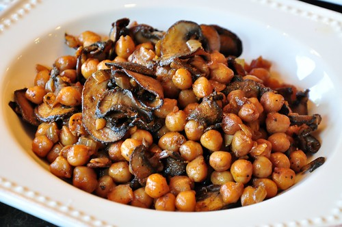 Chickpeas and Mushrooms in Sherry | by tofu666