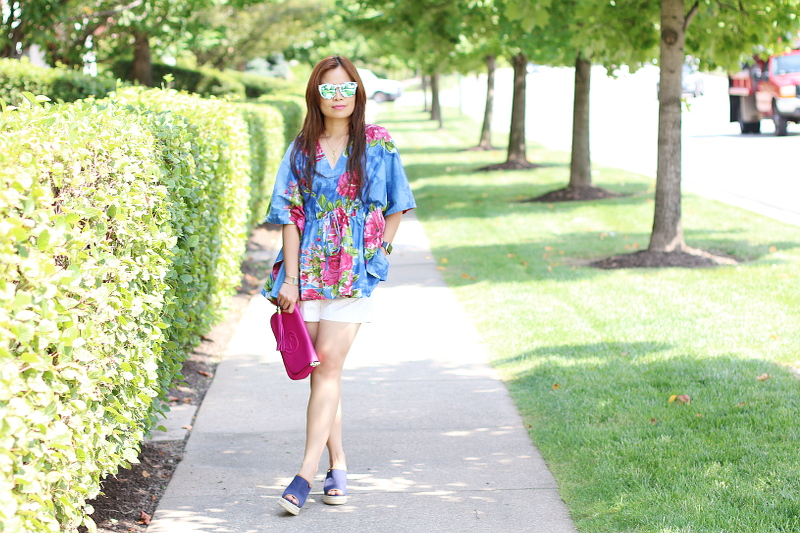 kaftan-floral-blouse-shorts-wedges-6