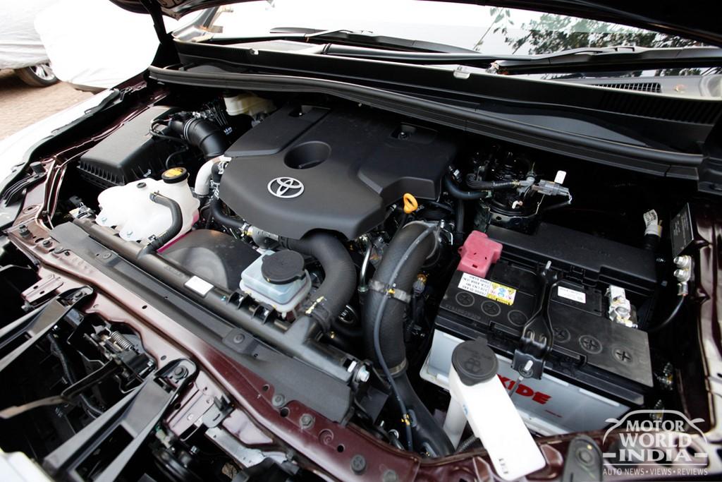 Toyota-Innova-Crysta-Engine-Bay (4)