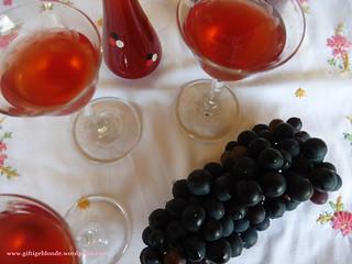 Likör aus roten Trauben