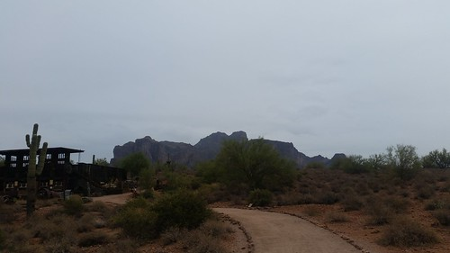 Superstition Mountain S5 090716 (10)