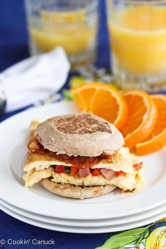 Western Omelet Breakfast Sandwich Recipe with Ham, Peppers & Salsa by Cookin' Canuck #recipe #breakfast
