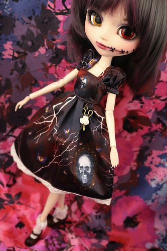 Antique Skull Dress