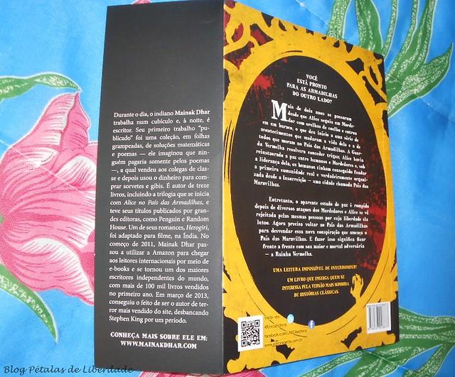Trilogia, Alice-no-País-das-Armadilhas , resenha, critica, opiniao, Alice-e-as-armadilhas-do-outro-lado-do-espelho, Mainak-Dhar, Única-Editora, capa, fotos, trechos, distopia, zumbis, escritor-indiano