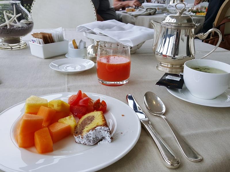 Punta Tragara breakfast