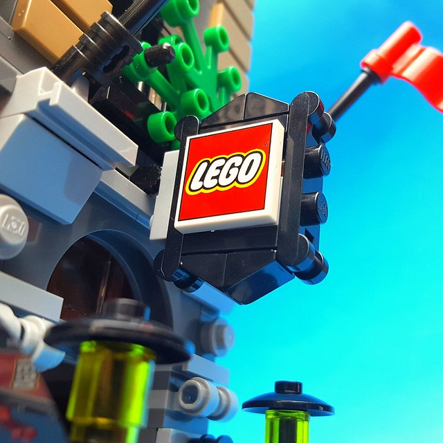LEGO Brand Store Opening Soon