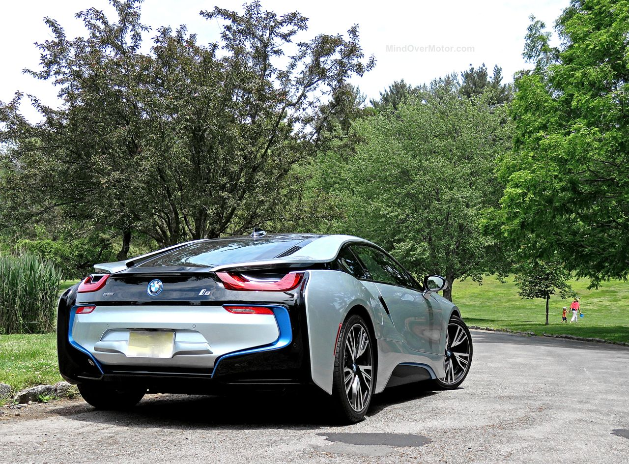 BMW i8 Review 11