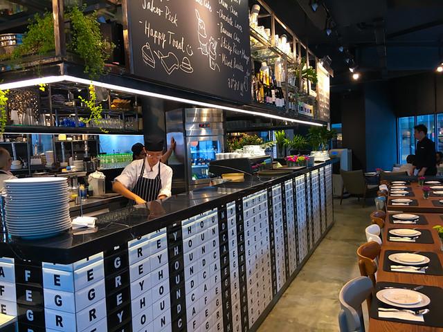 greyhound-cafe-malaysia-kl