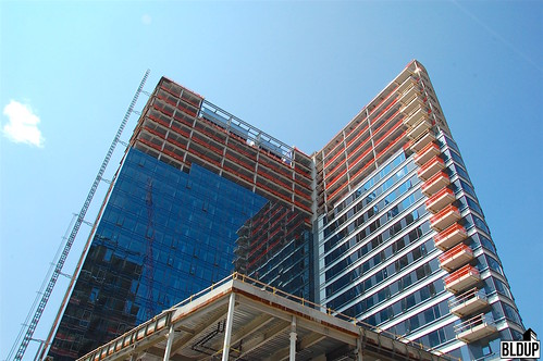 One-Seaport-Glass-3