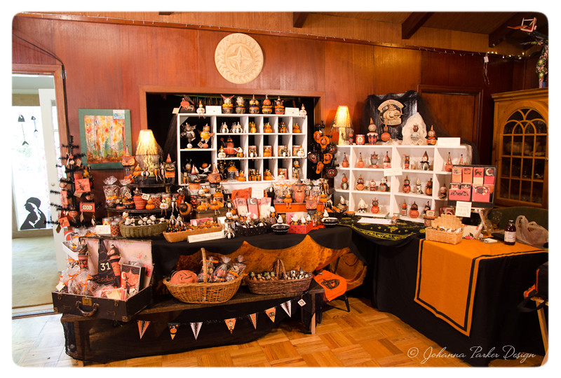 Johanna-Parker-Halloween-Display-Glens-Art-Walk