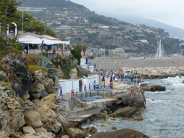 bains sur la côte italienne