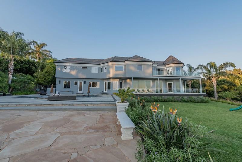 Недвижимость в Калифорнии комика Рассела Питерса