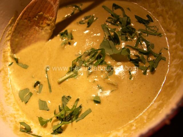 Boulette de Porc au Sésame au Curry Vert © Ana Luthi  Tous droits réservés 7