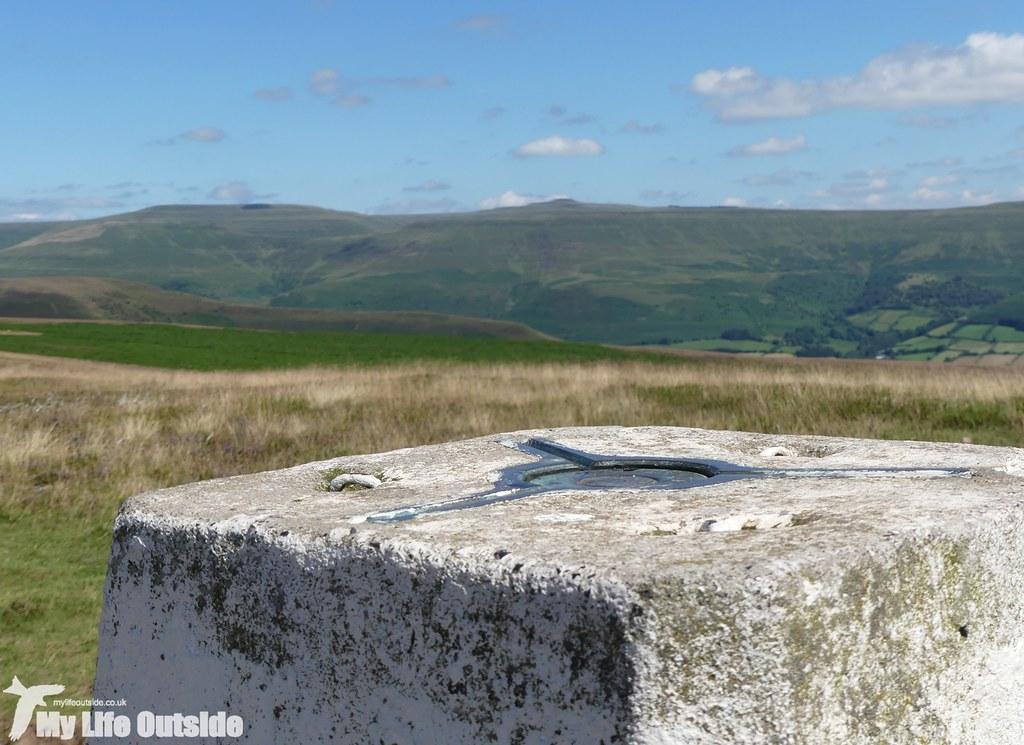 P1030998 - Mynydd Llangorse