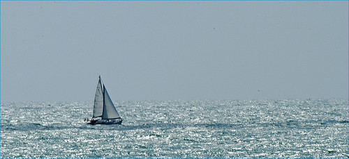 sailing on silver | by Albazog