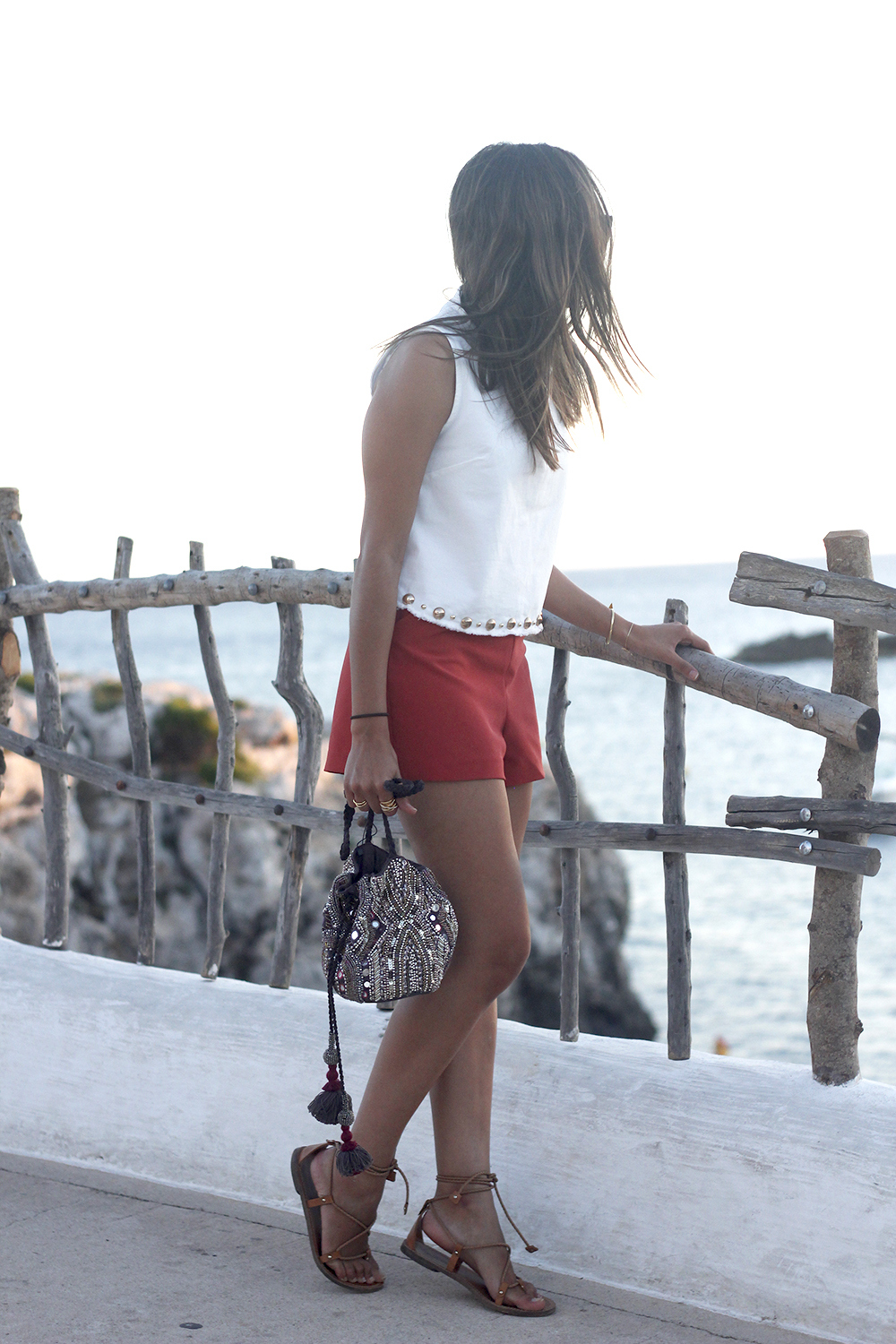 white top with shorts summer outfit flat sandals binibeca menorca09