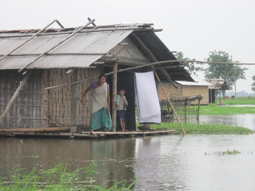 Waiting for help in the floods, Assam, India | by Oxfam International