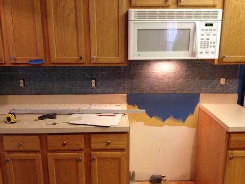 Installing Backsplash Kitchen Tile