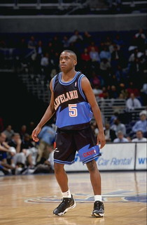 Earl Boykins | by Cavs History