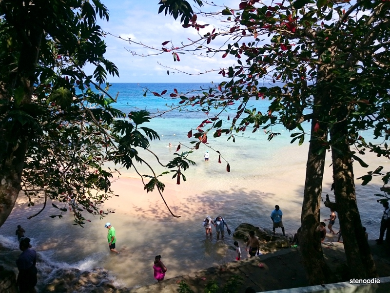 Dunn's River Falls Beach