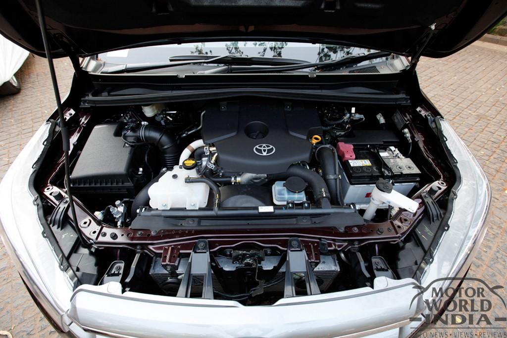 Toyota-Innova-Crysta-Engine-Bay (3)