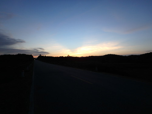hcm-road-sunset-3