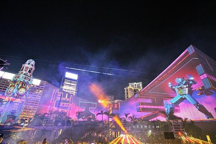 25 香港 閃躍維港 3D光雕匯演