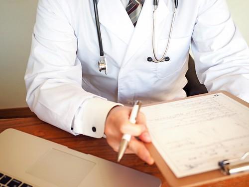病院 治療 医師 薬