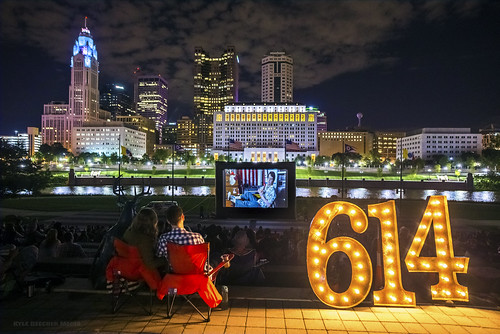 Downtown Movies Night Light 614 Columbus Ohio Flickr