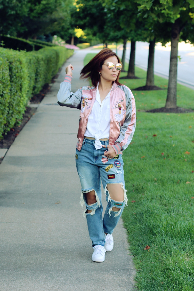 sammydress-embroidered-jacket-distressed-jeans-white-sneakers-4