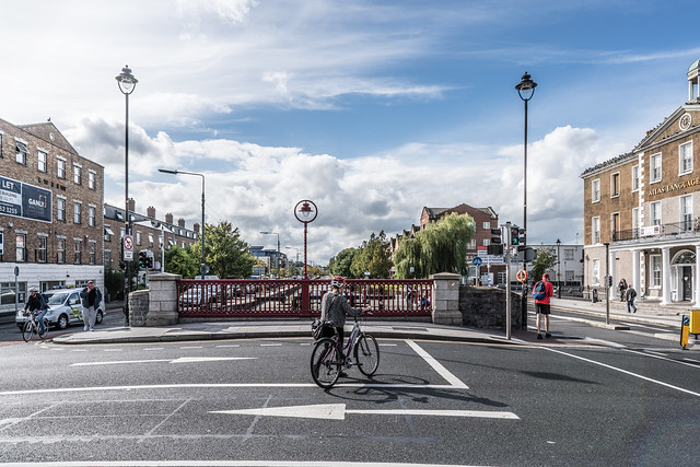 LA TOUCHE BRIDGE ACROSS THE GRAND CANAL [PORTOBELLO AREA OF DUBLIN] A-121519