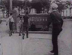 Tunnel piéton au Parc Jarry en 1932