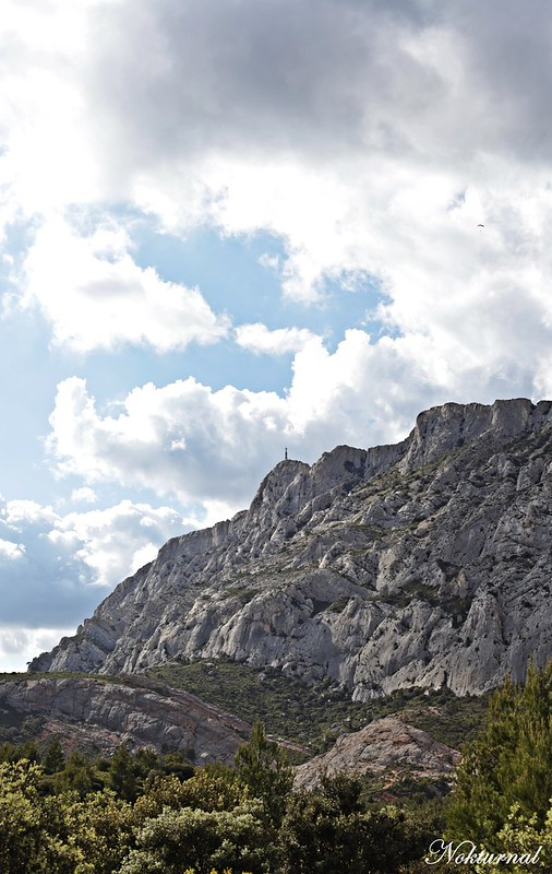 Sainte Victoire, Croix de Provence