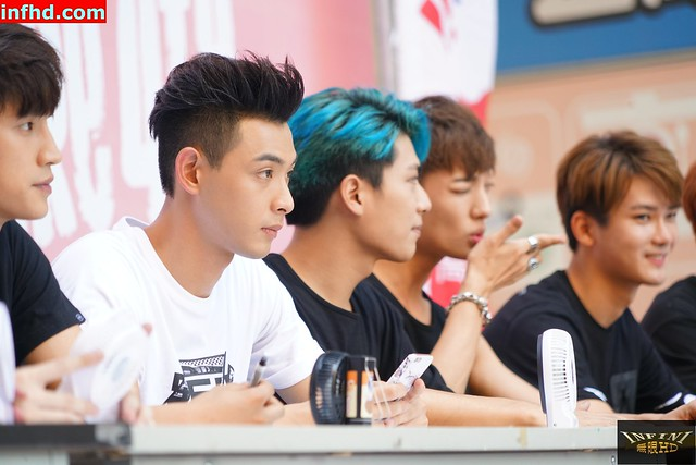 20160820 SpeXial Boyz On Fire 高雄簽唱會