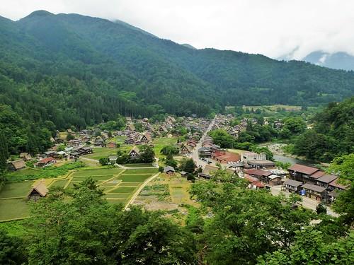 jp16-Shirakawa-go-montagne (7)