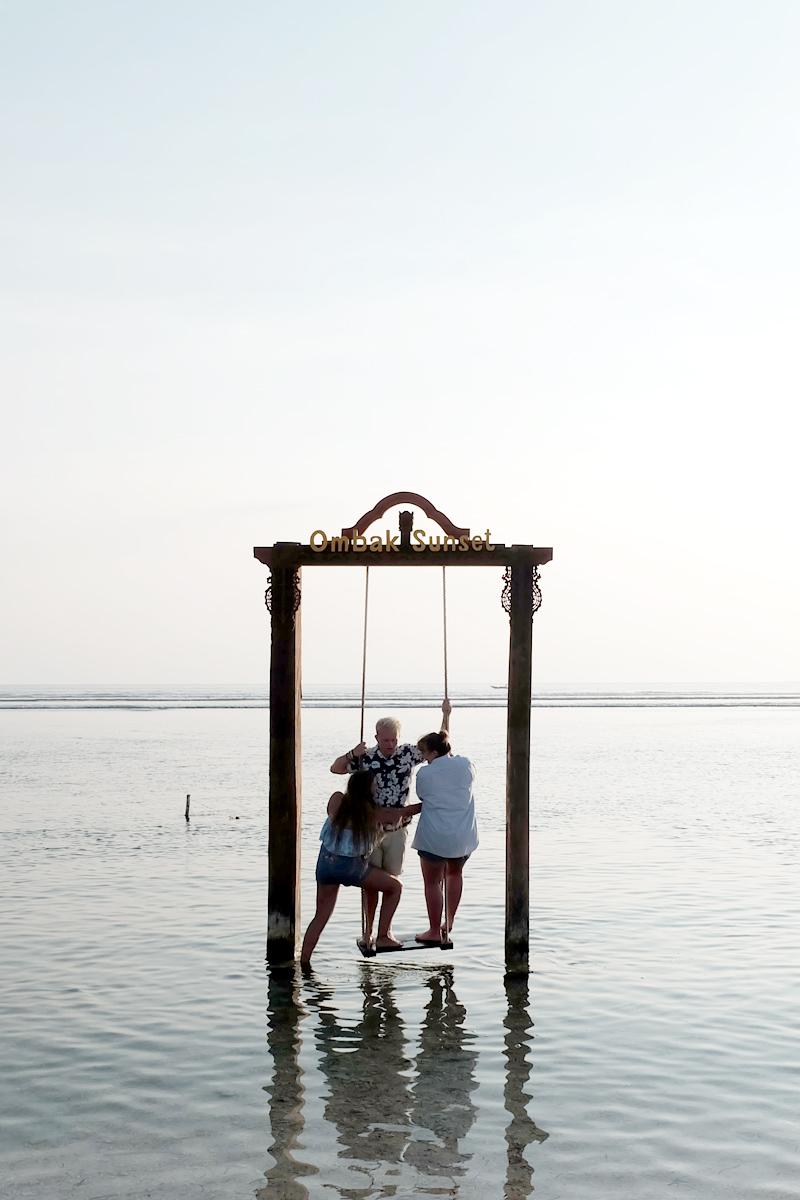 ombak sunset swing