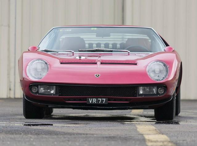 Lamborghini Miura SVJ 1971 года выпуска, вид спереди