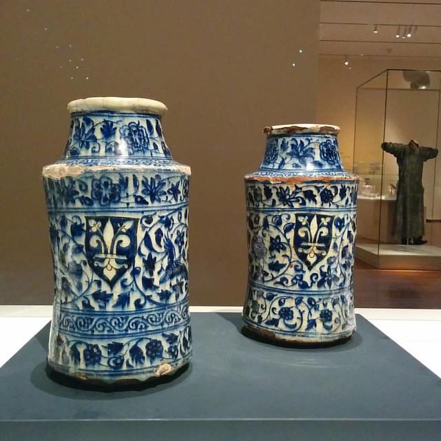 A pair of Albarelli #toronto #agakhanmuseum #syria #albarelli
