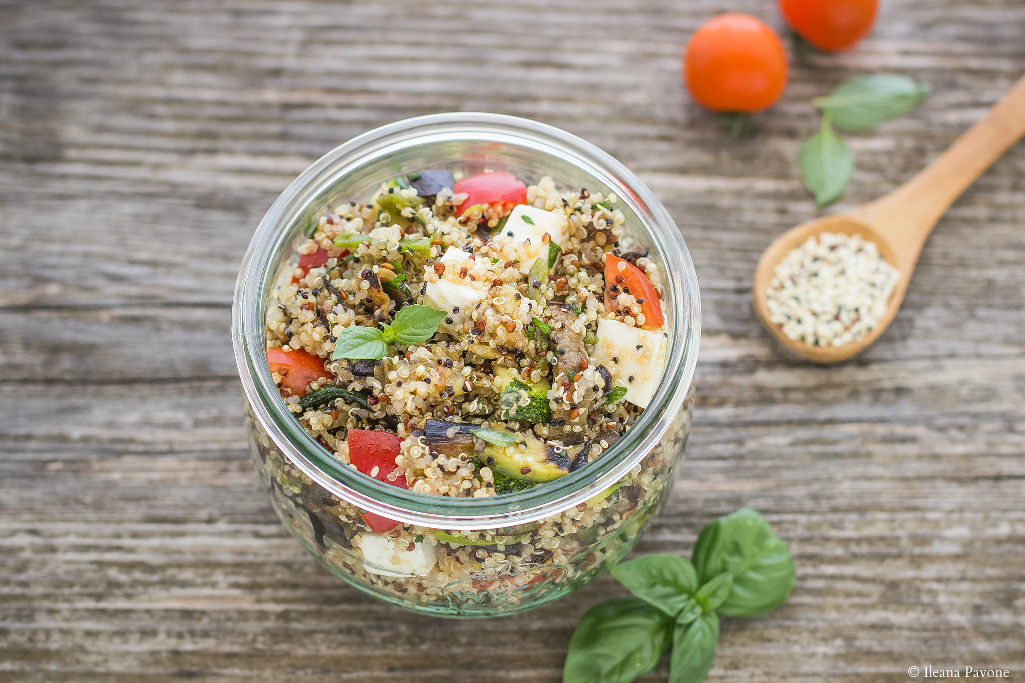 Insalata di quinoa e verdure grigliate