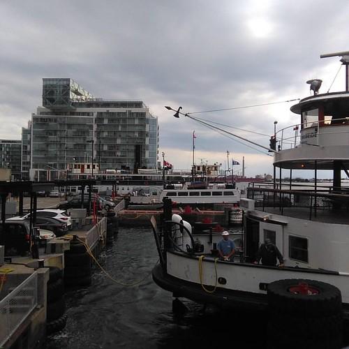 Ferry arrival #Toronto #Torontoislands #jacklaytonferryterminal #ferry